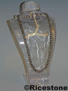 Pr sentoir en acrylique transparente buste porte bijoux - Boite acrylique transparente ...