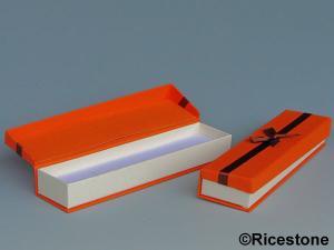 pochettes boites emballages sachet cadeaux organza aum ni re su dine. Black Bedroom Furniture Sets. Home Design Ideas
