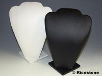 buste blanc plat pour collier similicuir conomique gainerie pas cher pour pr sentation de bijoux. Black Bedroom Furniture Sets. Home Design Ideas