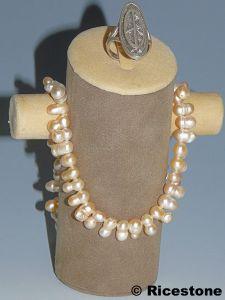 totem beige de 13cm pr sentoir porte bijoux de cha ne collier bague et bracele. Black Bedroom Furniture Sets. Home Design Ideas